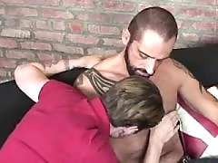 Untamed twink stretches bottom cheeks for bear